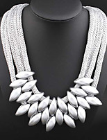 Necklace Pendant Necklaces / Collar Necklaces Jewelry Daily / Casual Fashion Alloy Gold / Black / Silver 1pc Gift